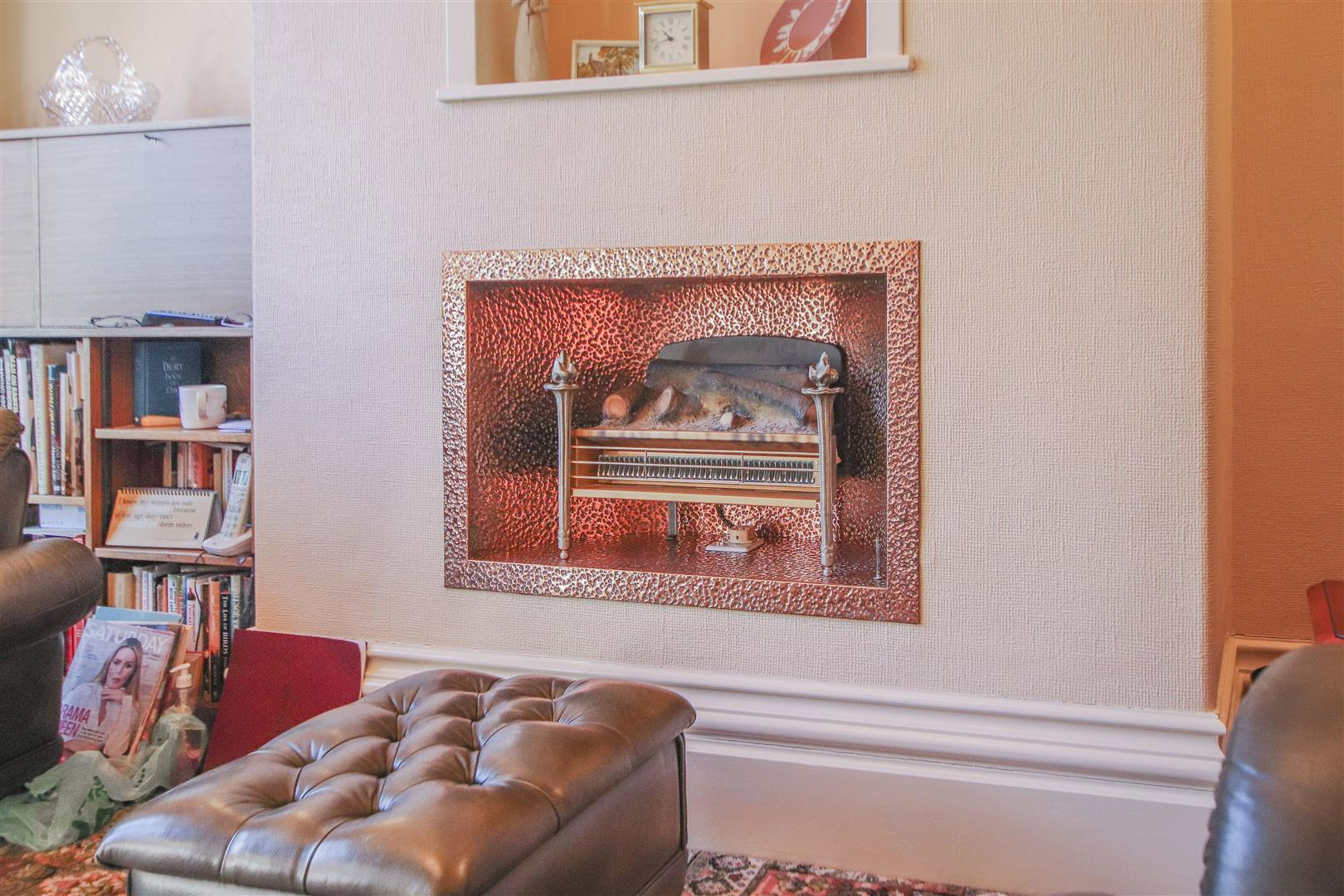 3 Bedroom End Terrace House For Sale - 6.JPG